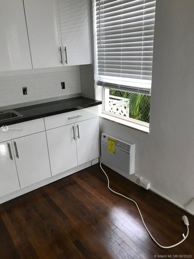 319 W 28th St #10 For Sale A10879529, FL