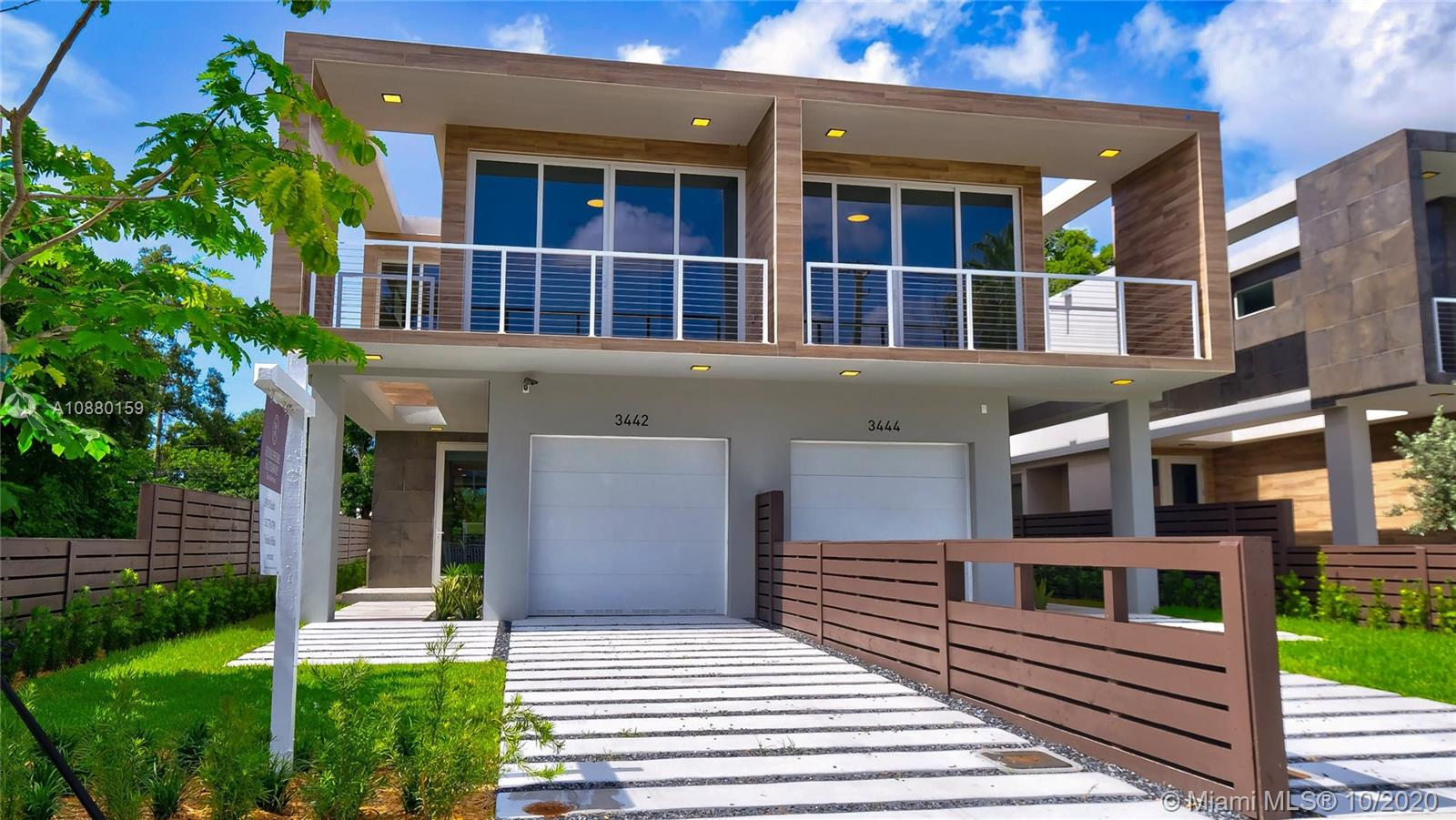 3442  Day Avenue  For Sale A10880159, FL