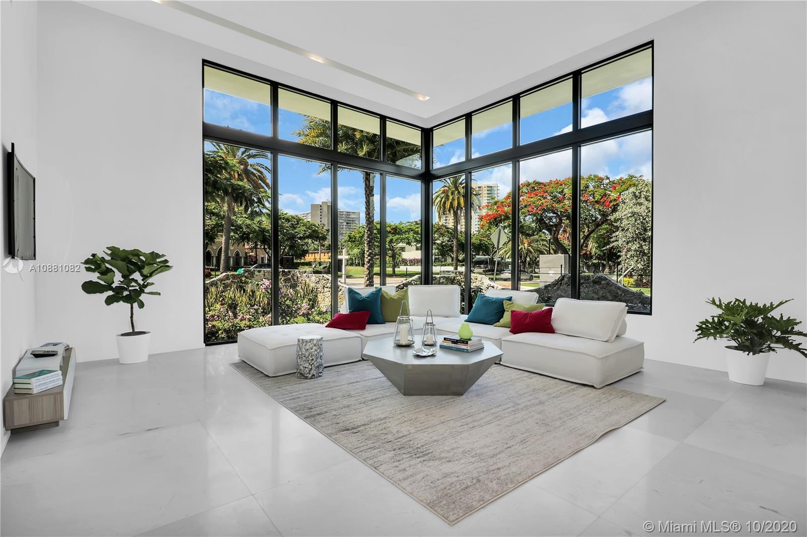 2140 S Miami Ave  For Sale A10881082, FL