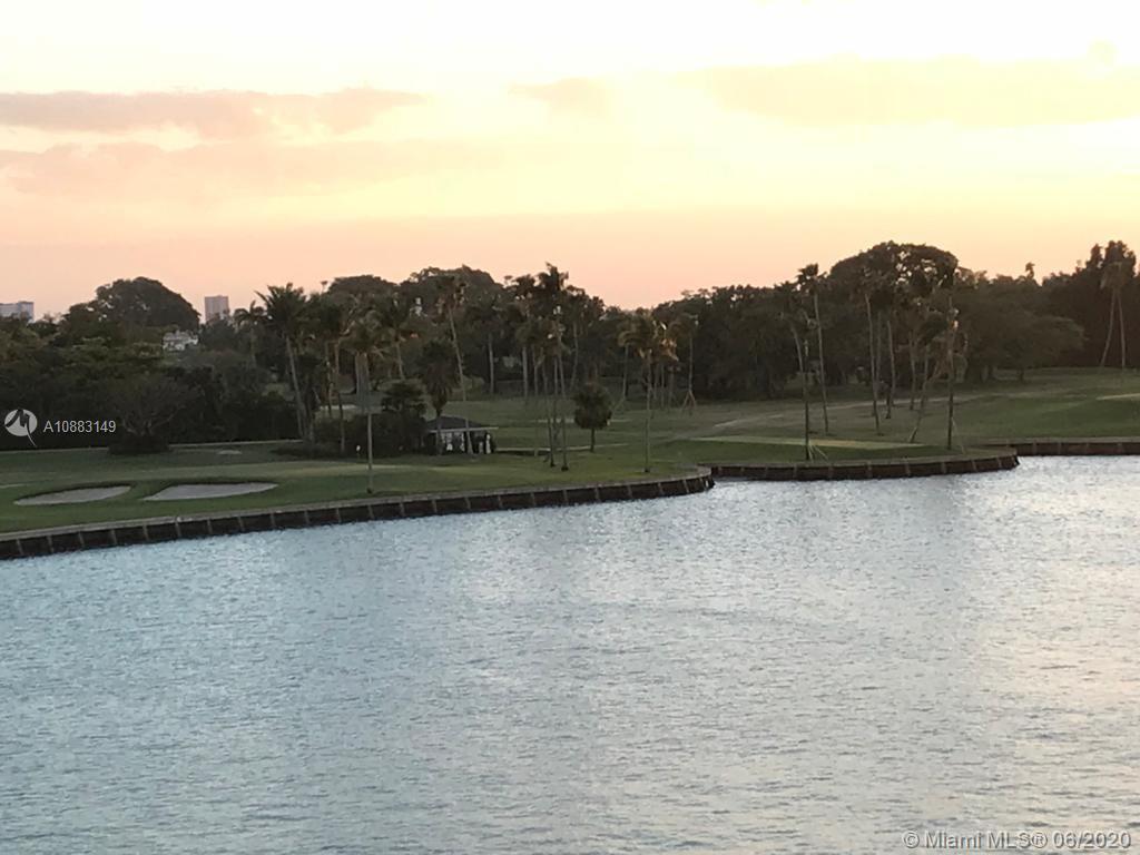 9250 W Bay Harbor Dr #5C For Sale A10883149, FL
