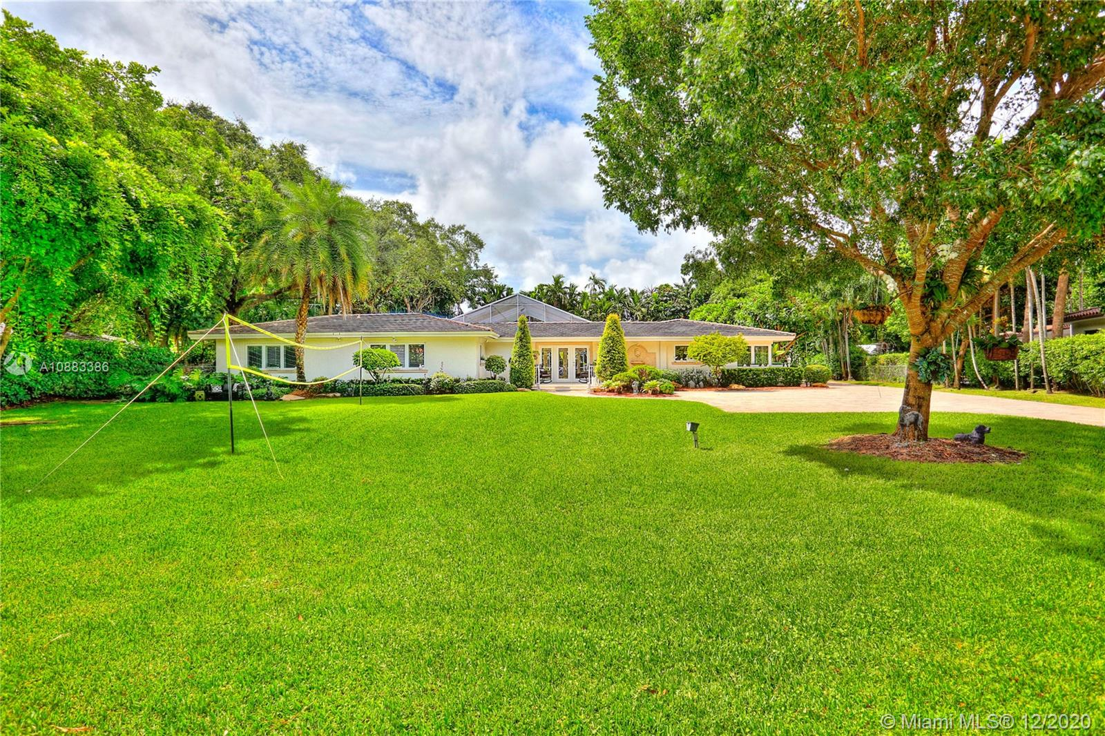 568  Hibiscus Ln  For Sale A10883386, FL