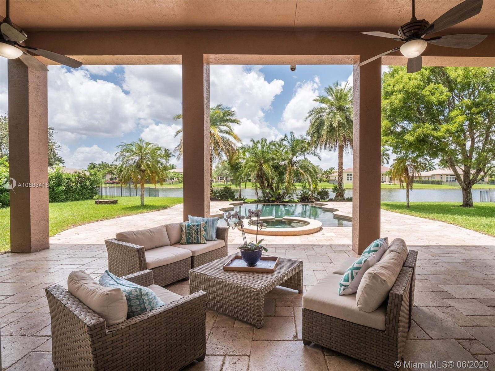14900 SW 33rd St  For Sale A10883418, FL