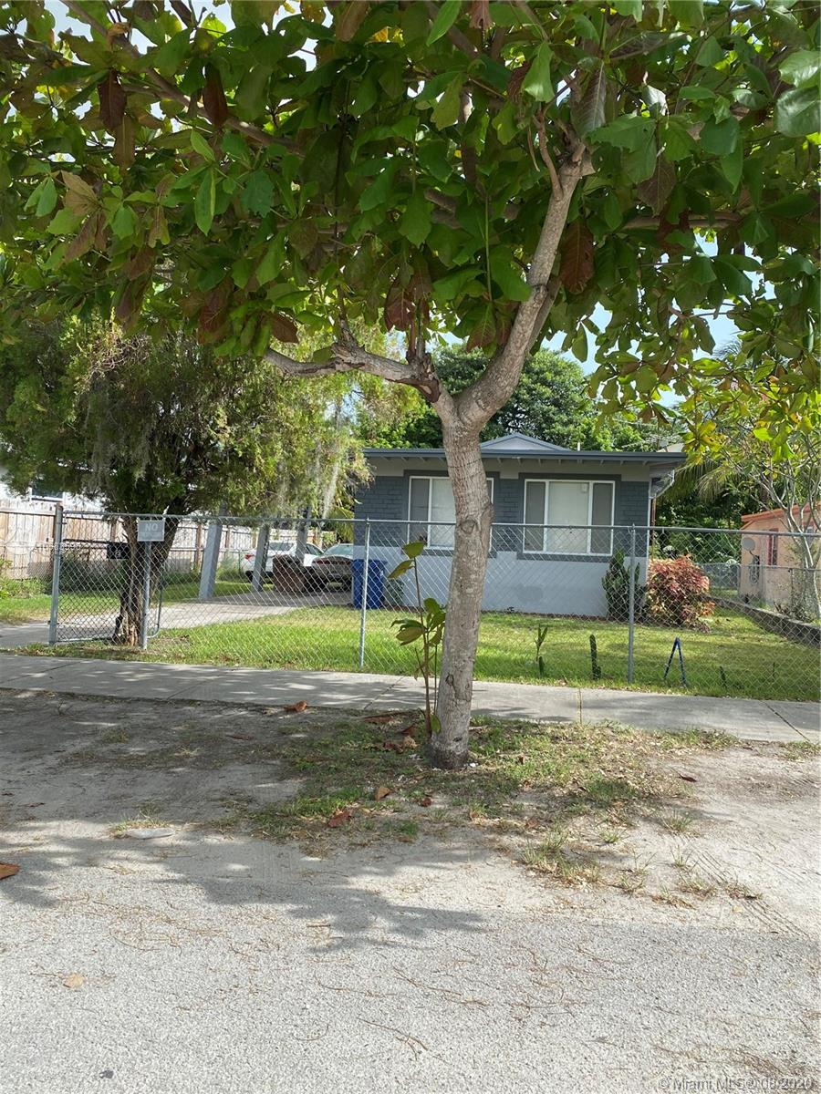 779 NW 97th St  For Sale A10883598, FL