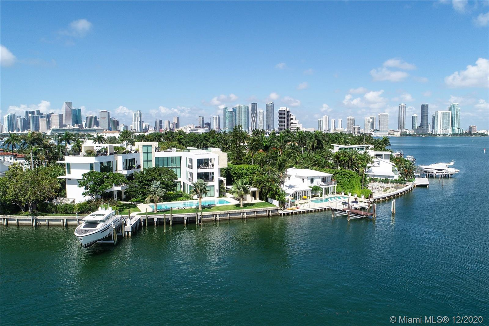 Photo of 1429 N Venetian Way, Miami, FL 33139