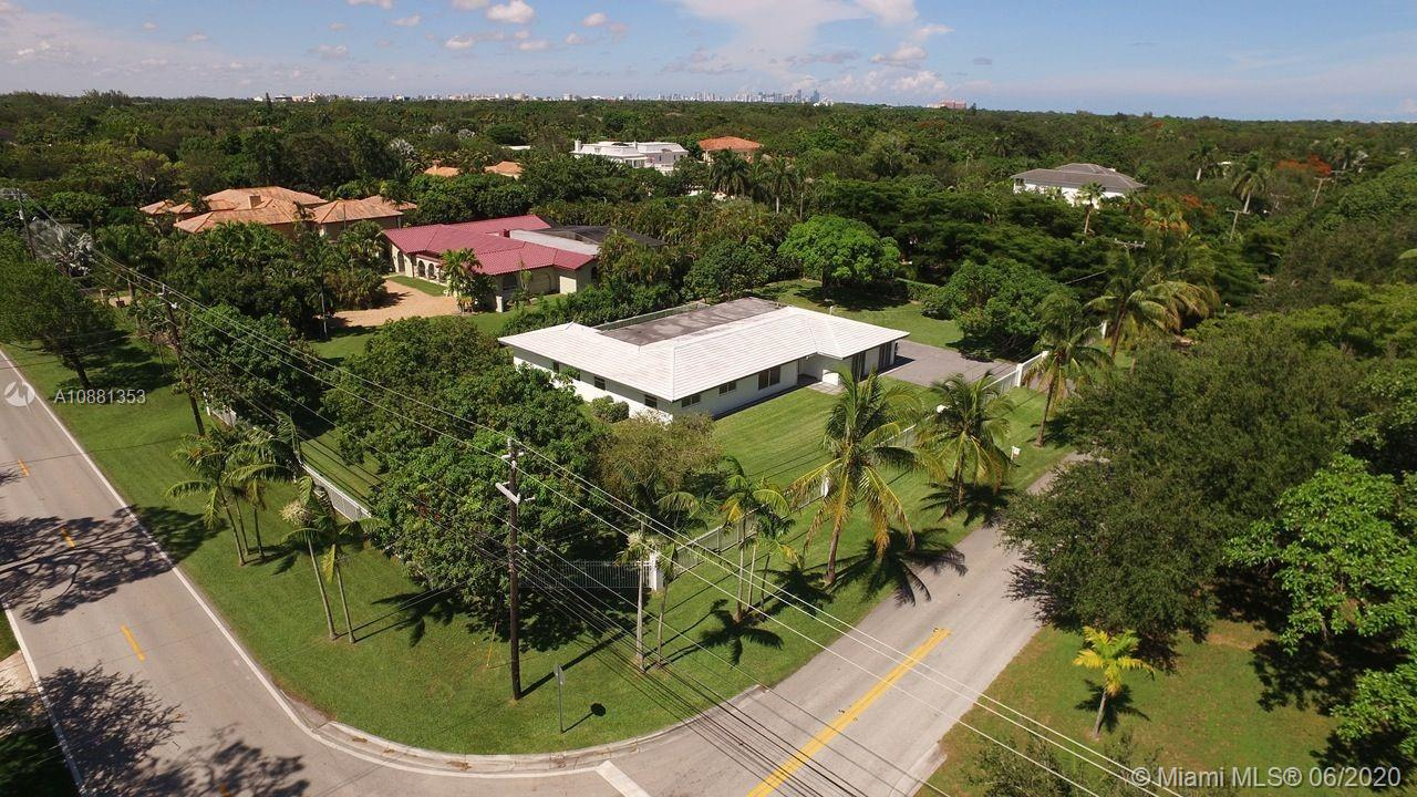 6695 SW 96th St.  For Sale A10881353, FL