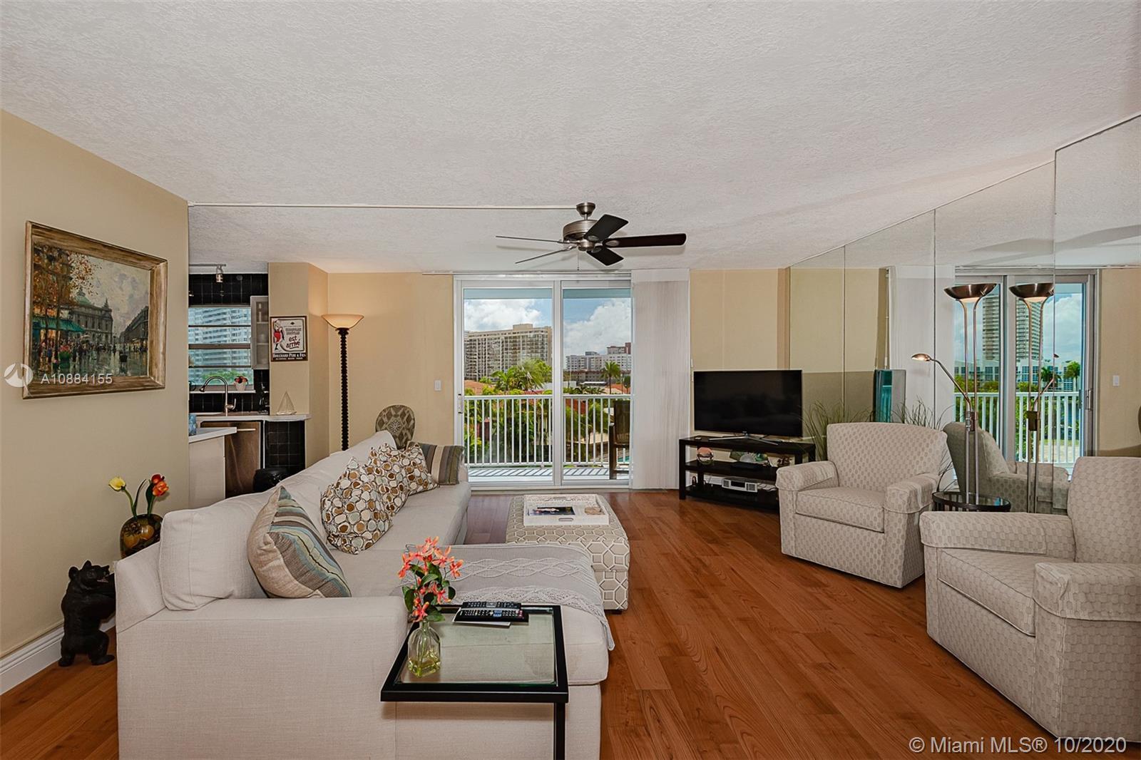 137 E Golden Isles Drive #407 For Sale A10884155, FL