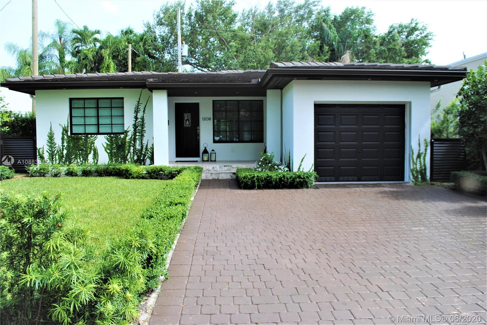 1208  San Miguel Ave  For Sale A10883815, FL