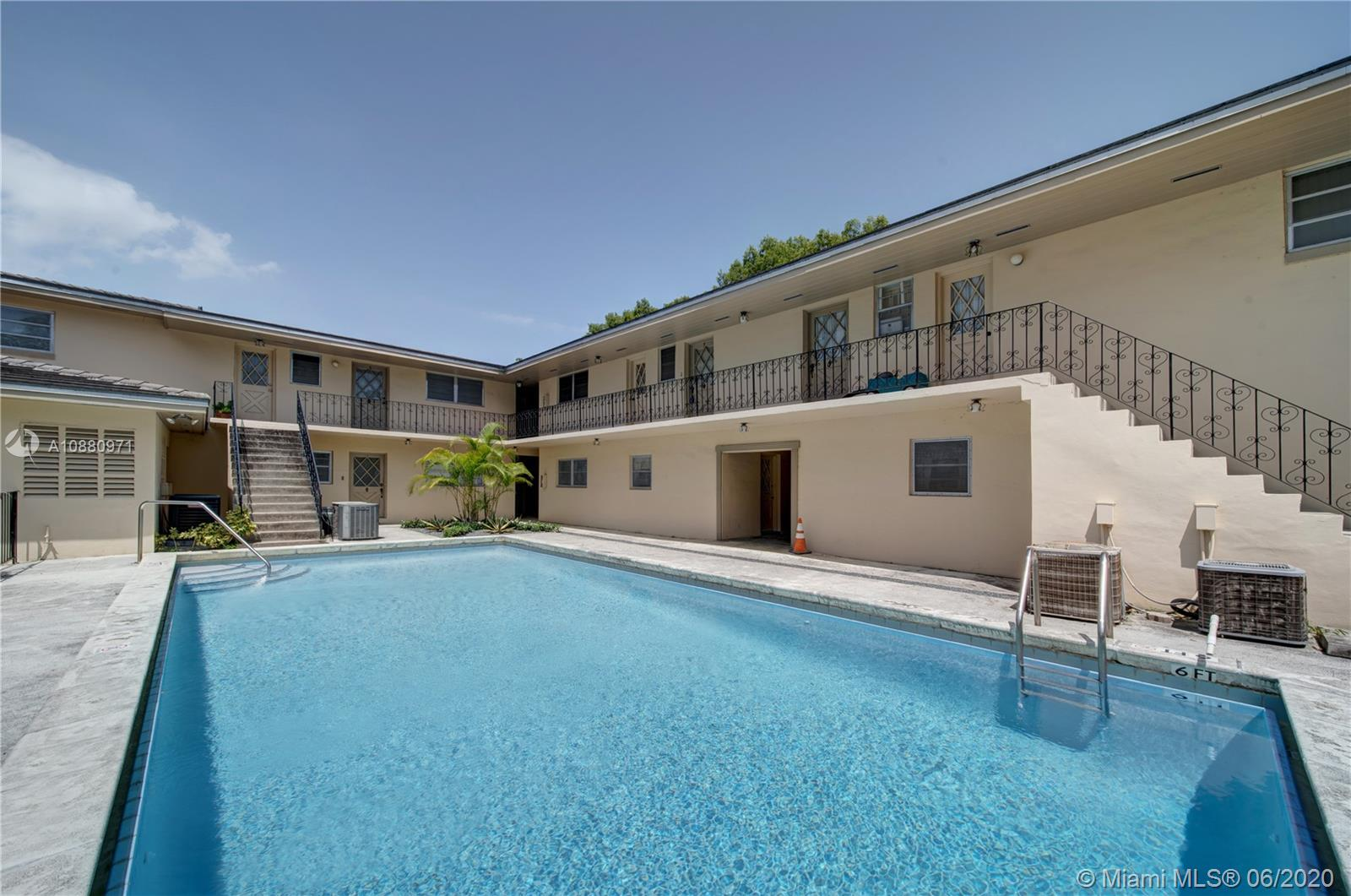 1239  Mariposa Ave #2 For Sale A10880971, FL