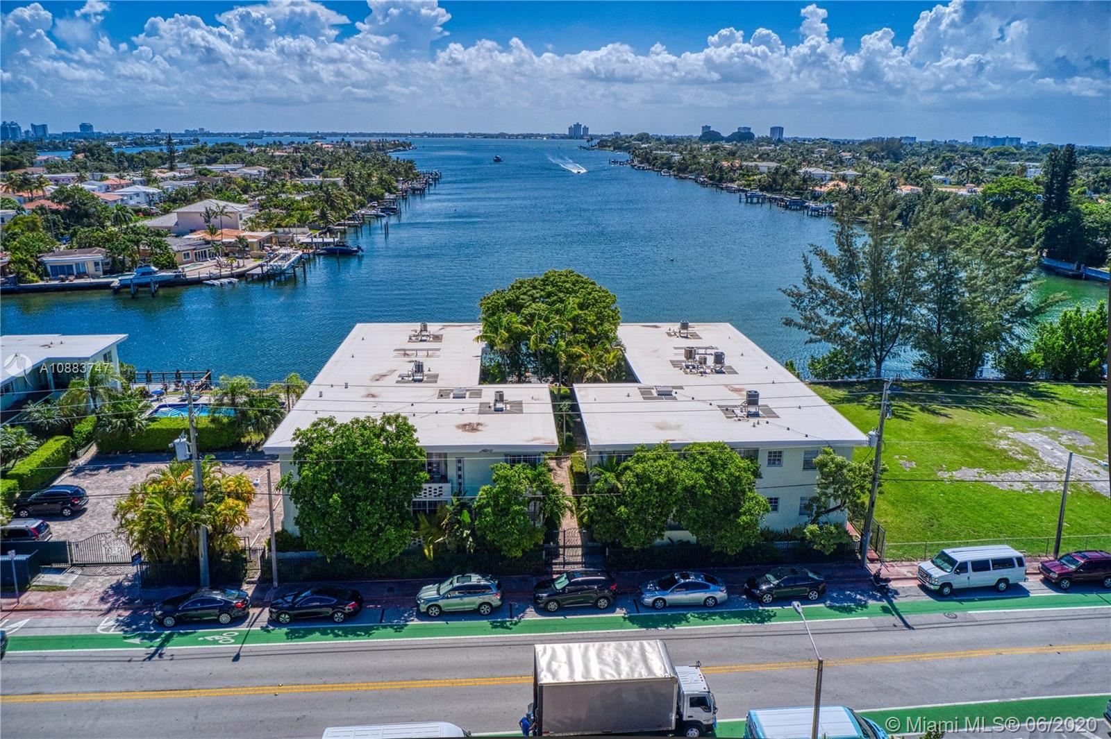 8620  Byron Ave #6A For Sale A10883747, FL