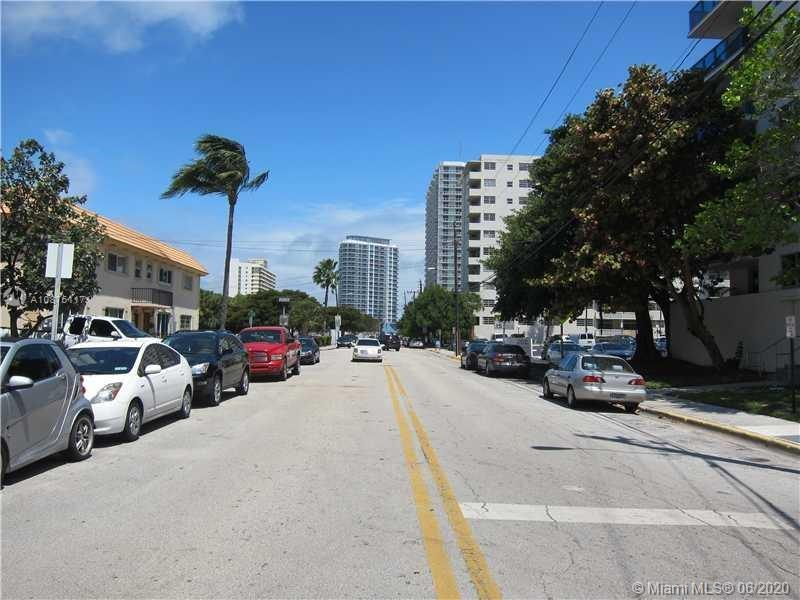 7500 E Treasure Dr #2 For Sale A10876117, FL