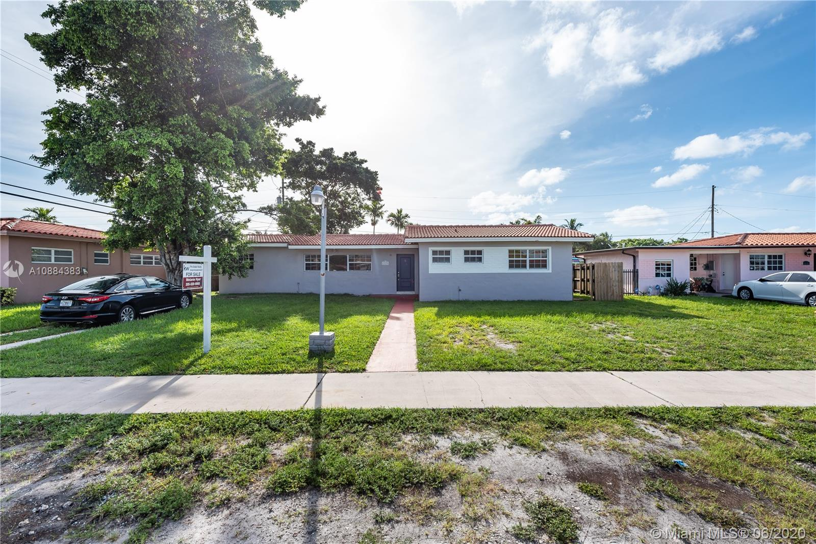 11135 NW 59th Pl  For Sale A10884383, FL