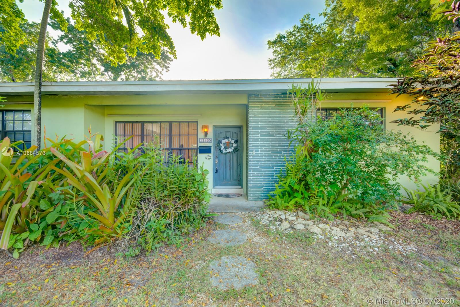 11905 SW 84th Ave  For Sale A10884578, FL