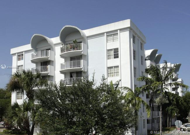 492 NW 165th St Rd #C-215 For Sale A10884868, FL