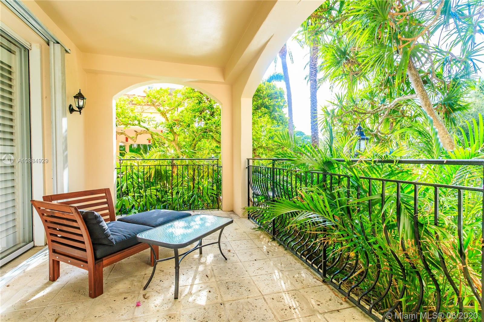19111  Fisher Island Dr #19111 For Sale A10884929, FL