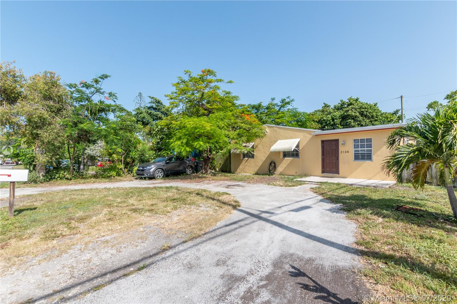 2134  Rodman St  For Sale A10884953, FL