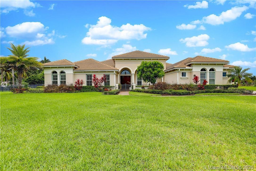 5795 N Sterling Ranch Dr  For Sale A10880144, FL