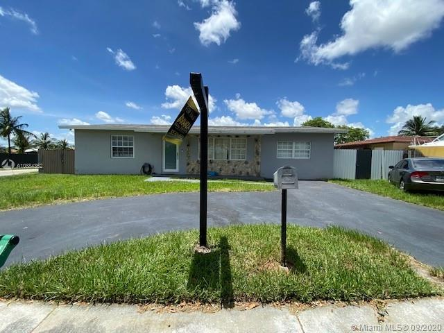13461 SW 68th St  For Sale A10884352, FL