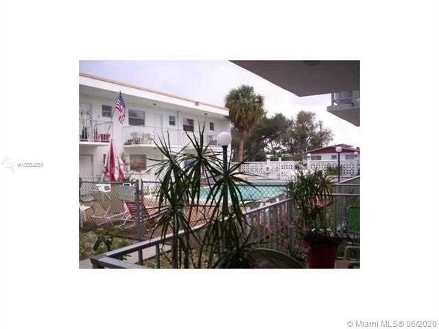 1720  CLEVELAND ST #103E For Sale A10884881, FL