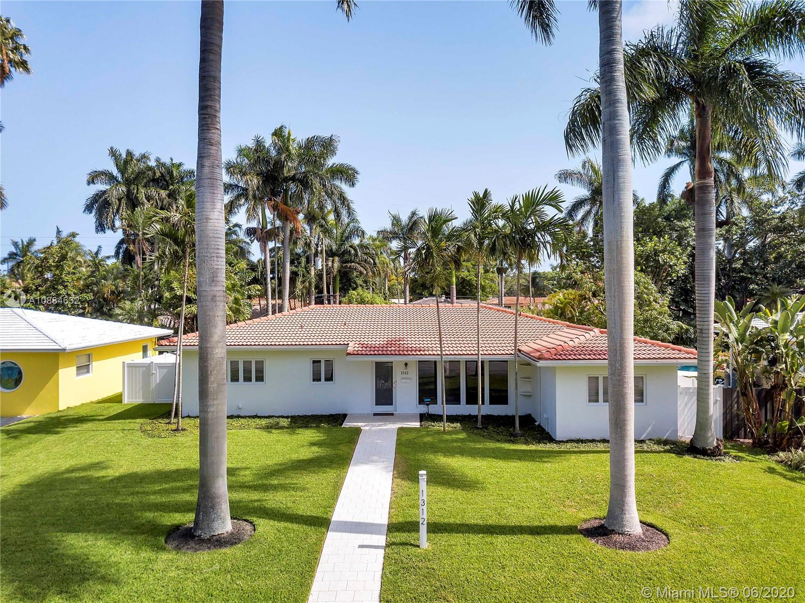 1312  Jefferson St  For Sale A10884632, FL