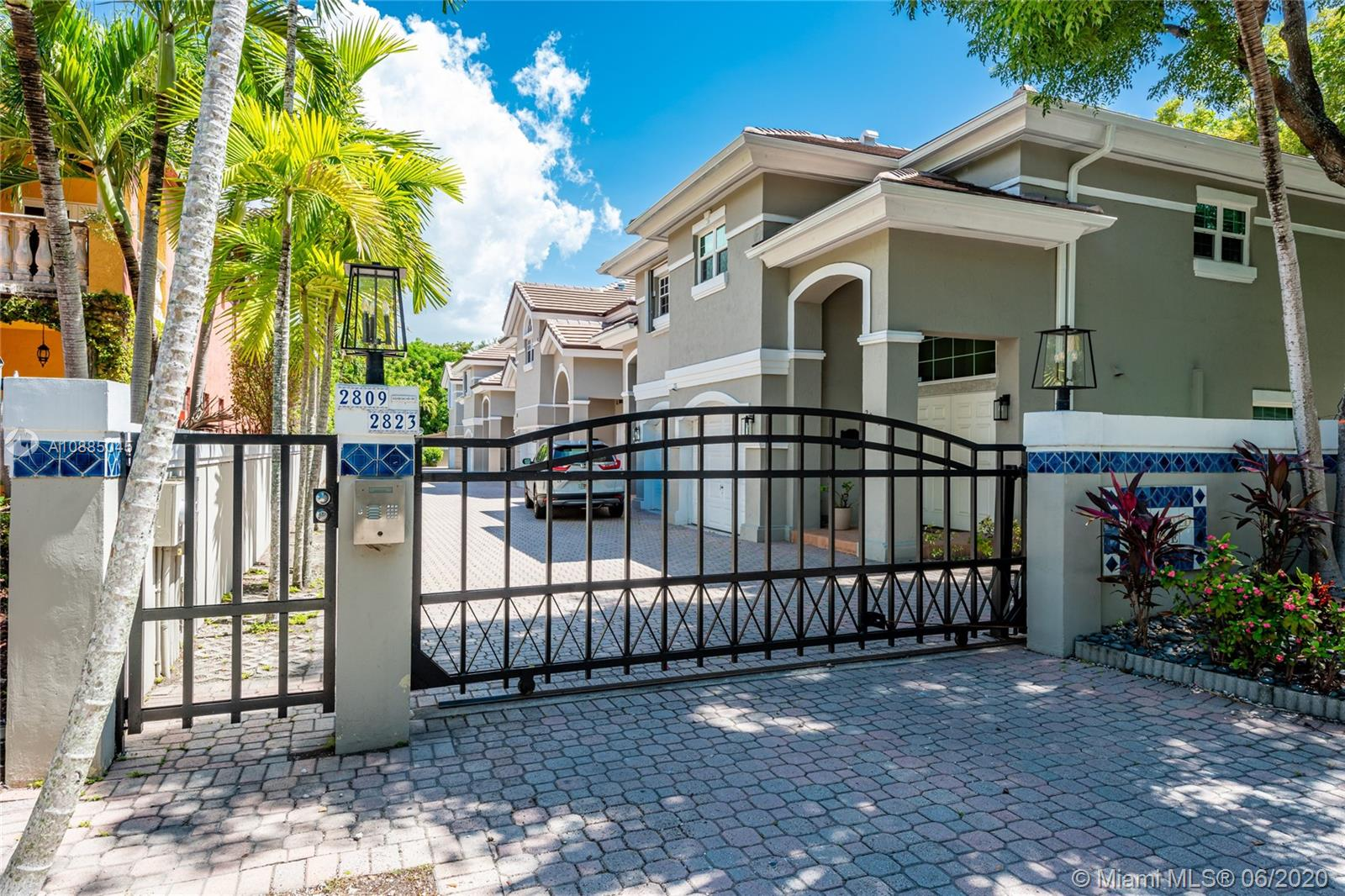 2819  Day Ave #2819 For Sale A10885045, FL