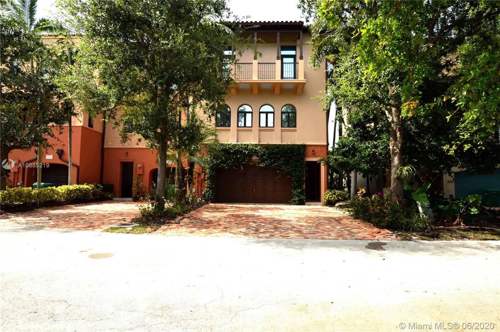 6214  Paradise Point Dr  For Sale A10885219, FL