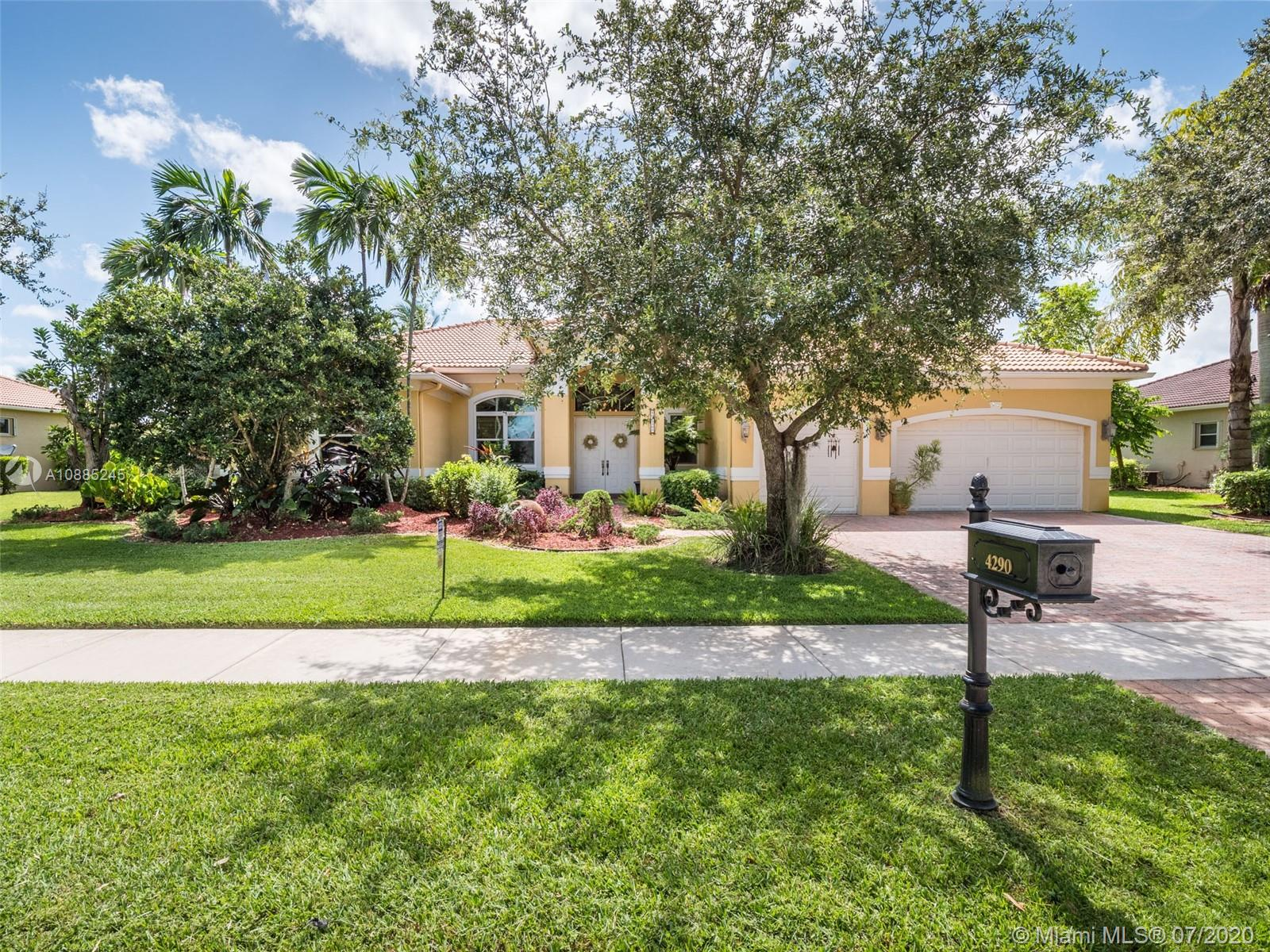 4290 SW 141st Ave  For Sale A10885245, FL