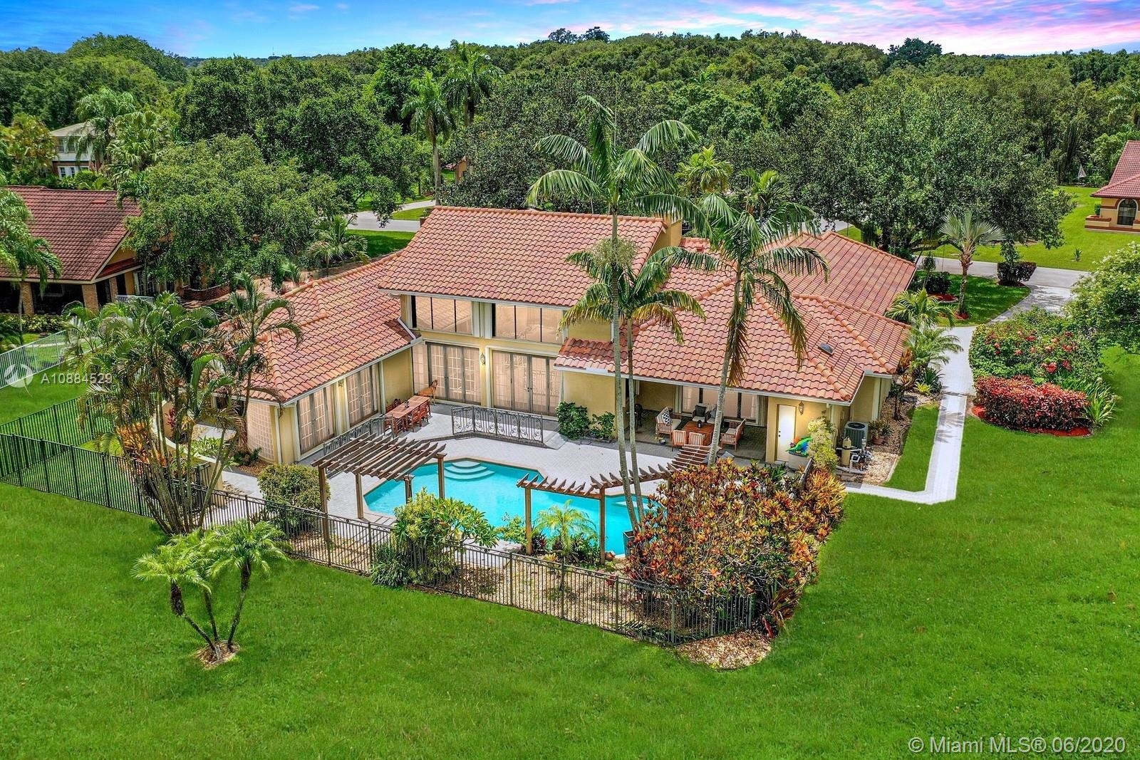 13501 SW 34th Ct  For Sale A10884529, FL