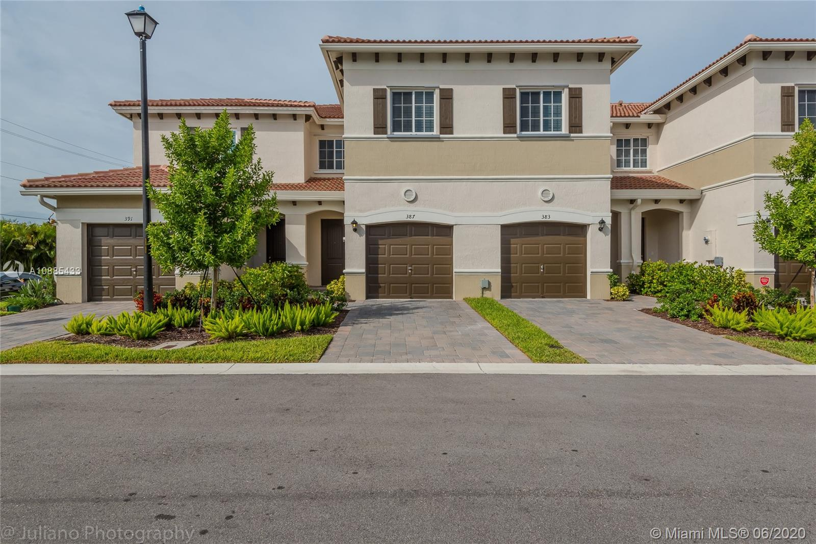 THE BRAND NEW COMMUNITY CLOSE TO THE BEACHES AND MAIN ROADS. NICE TOWNHOME WITH COVERED PATIO AND GARDEN VIEW, 1 CAR GARAGE, AND 2 SPOTS OUTSIDE. MUST SEE!!! VERY MOTIVATED OWNER!!!