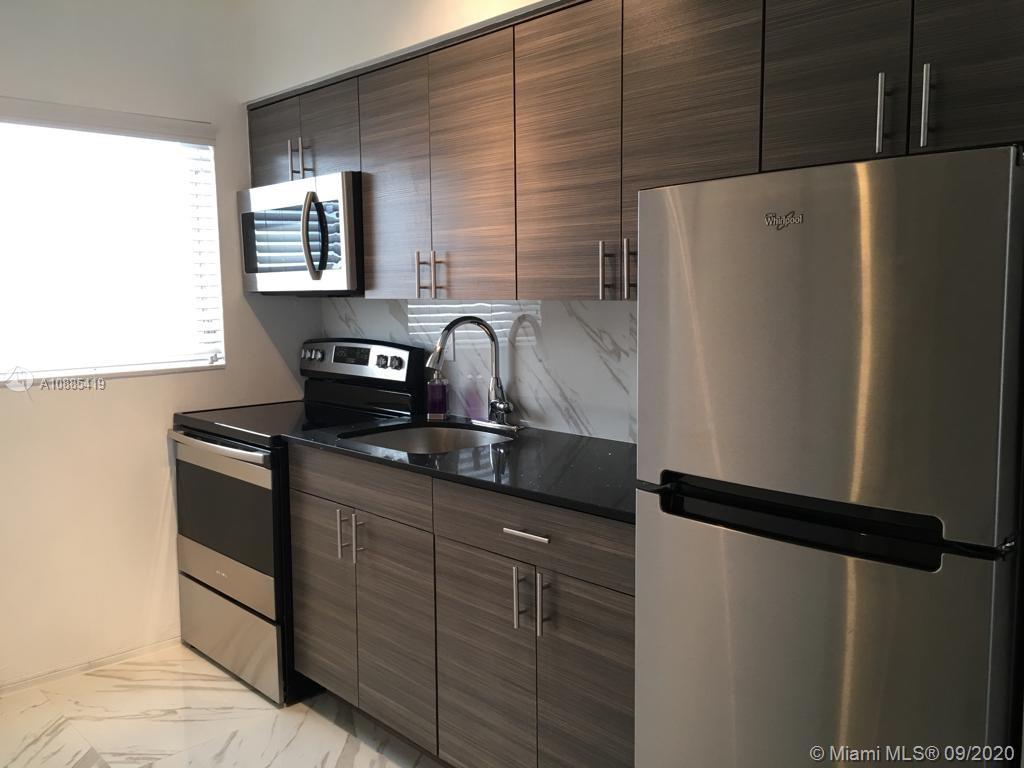 1611  West Ave #12 For Sale A10885419, FL