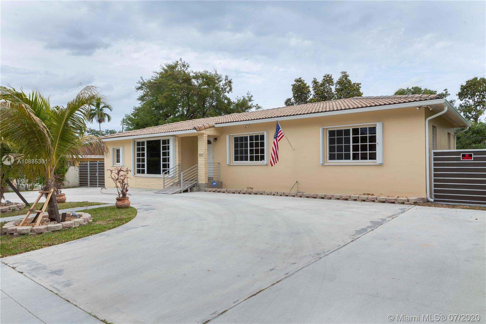 Undisclosed For Sale A10885301, FL