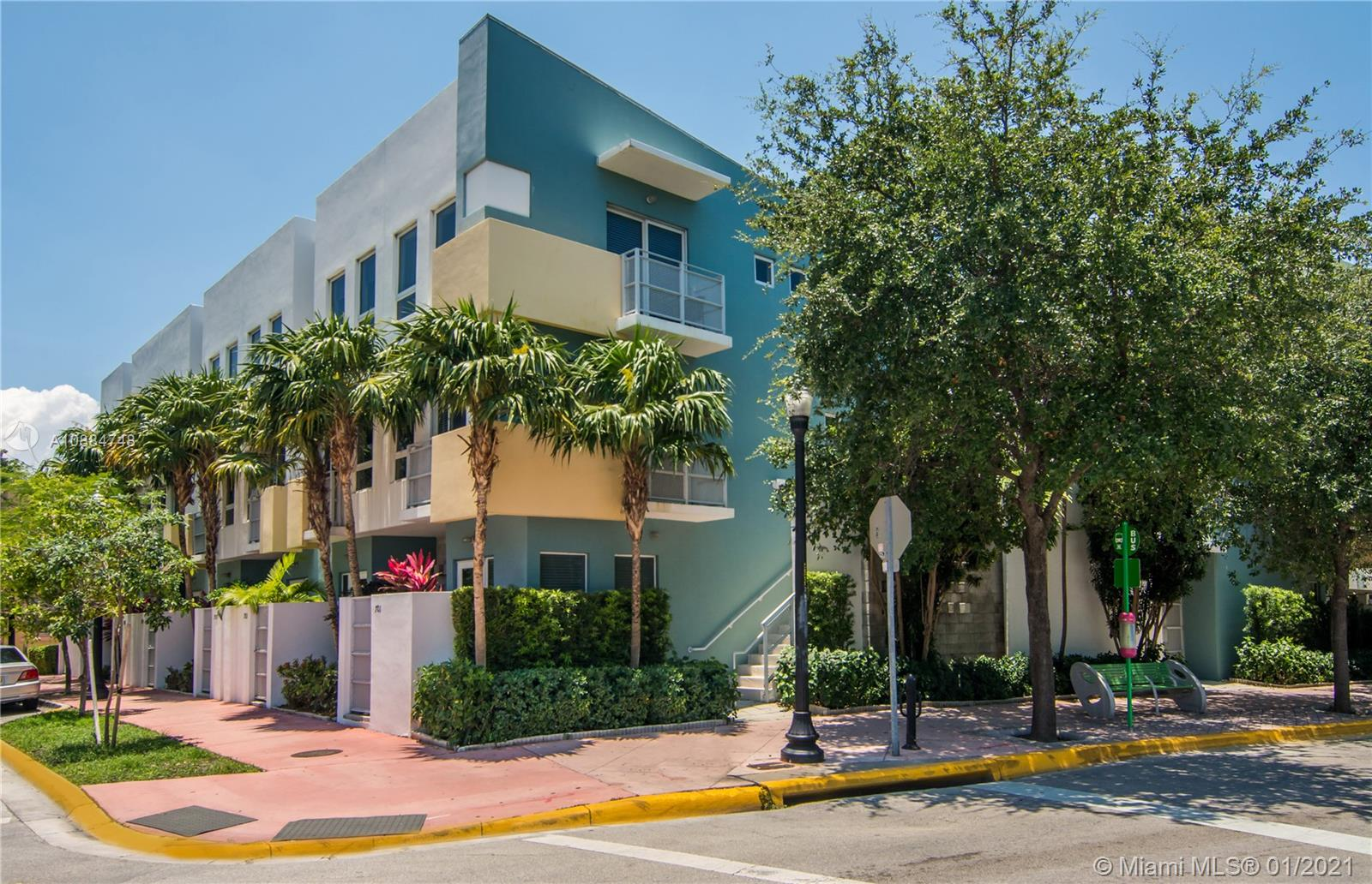 204  Washington Ave #13 For Sale A10884748, FL