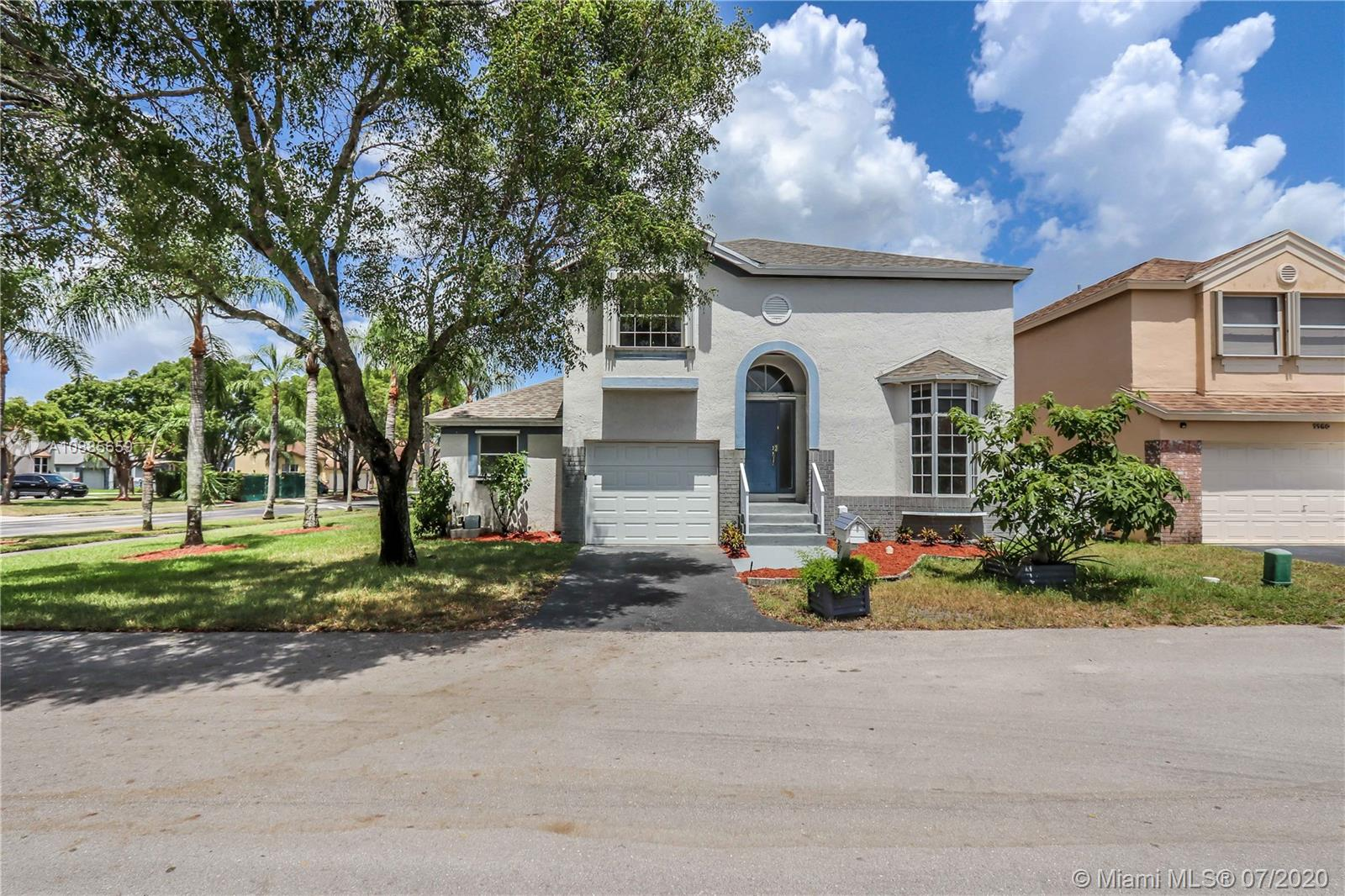 1150 SW 108th Way  For Sale A10885659, FL