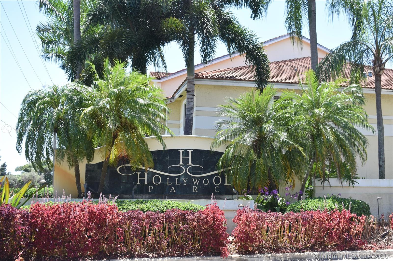 640 S Park Rd #24-4 For Sale A10885703, FL