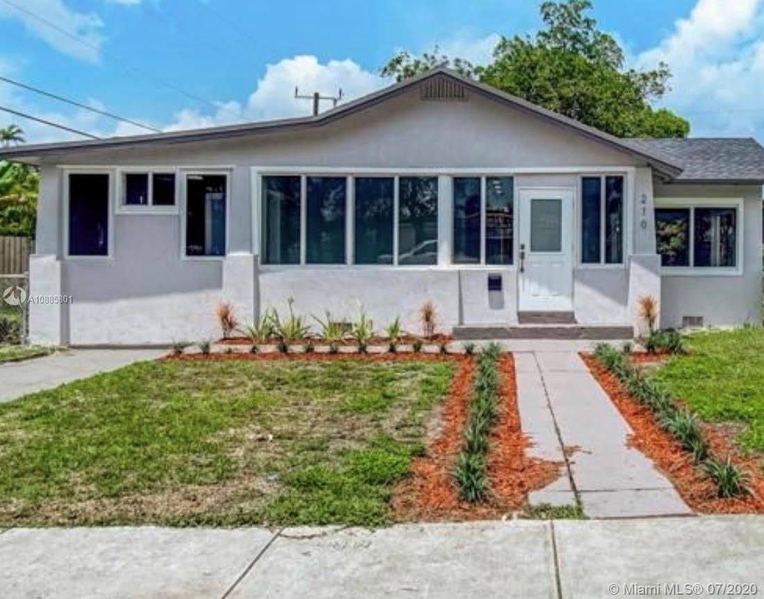 210  Lawn Way  For Sale A10885801, FL