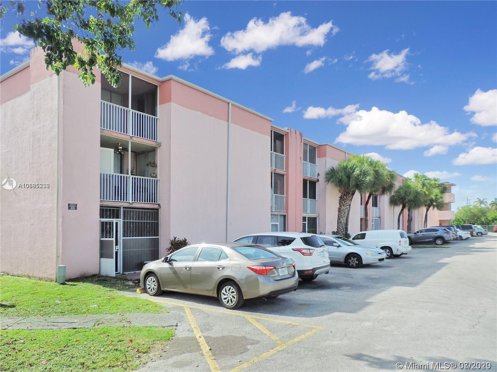 Great for investors 2 bedroom 2 Bathroom 800 SQ FT tile 1st floor with a storage room in good conditions Rented to A plus tenants others units available.