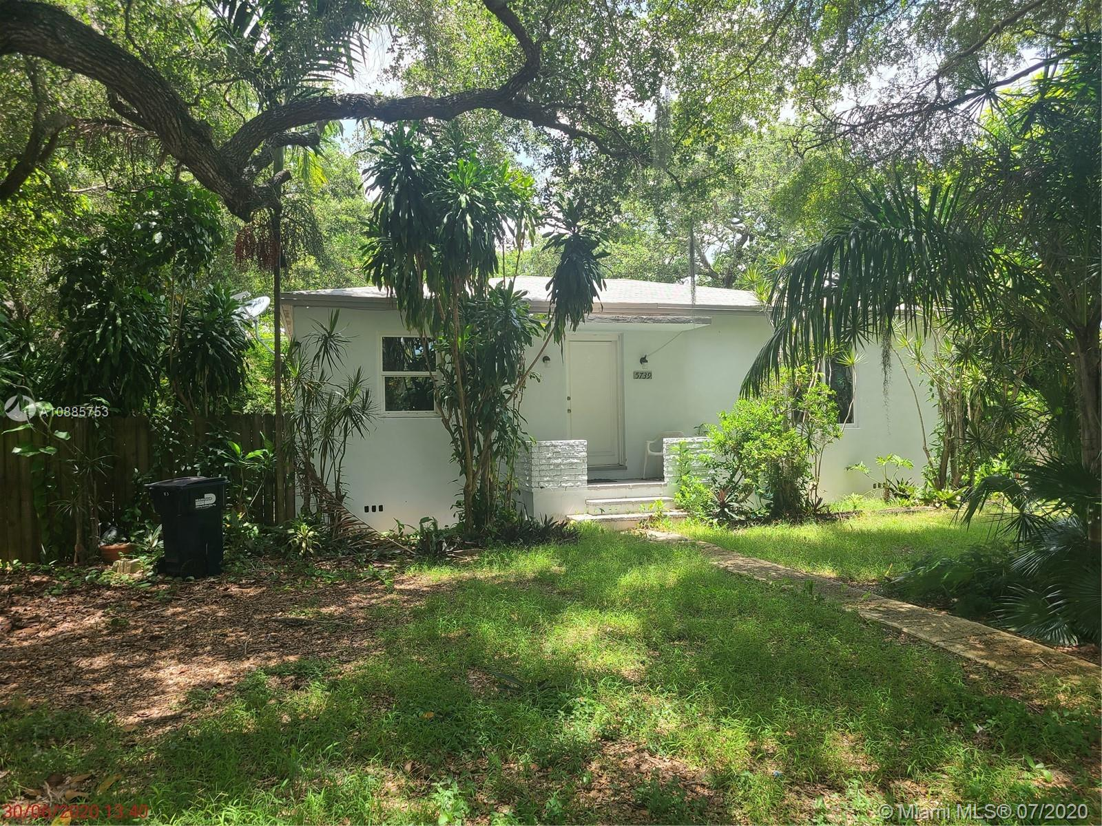 5739 SW 58th Ter  For Sale A10885753, FL