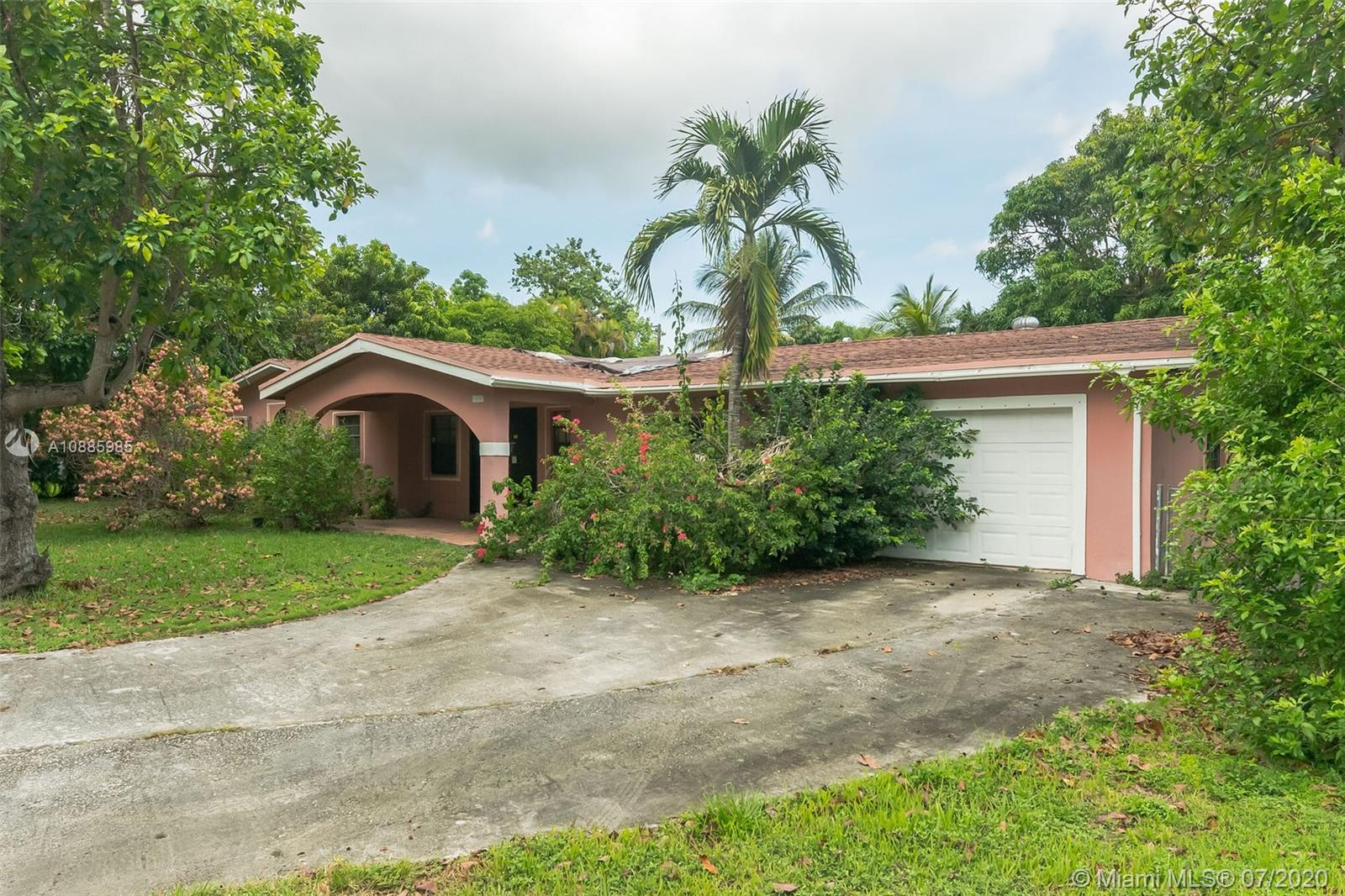15287 SW 87th Ct  For Sale A10885985, FL