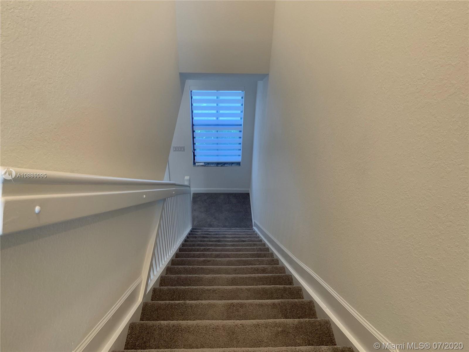 1523 SW 29 Street 1523
