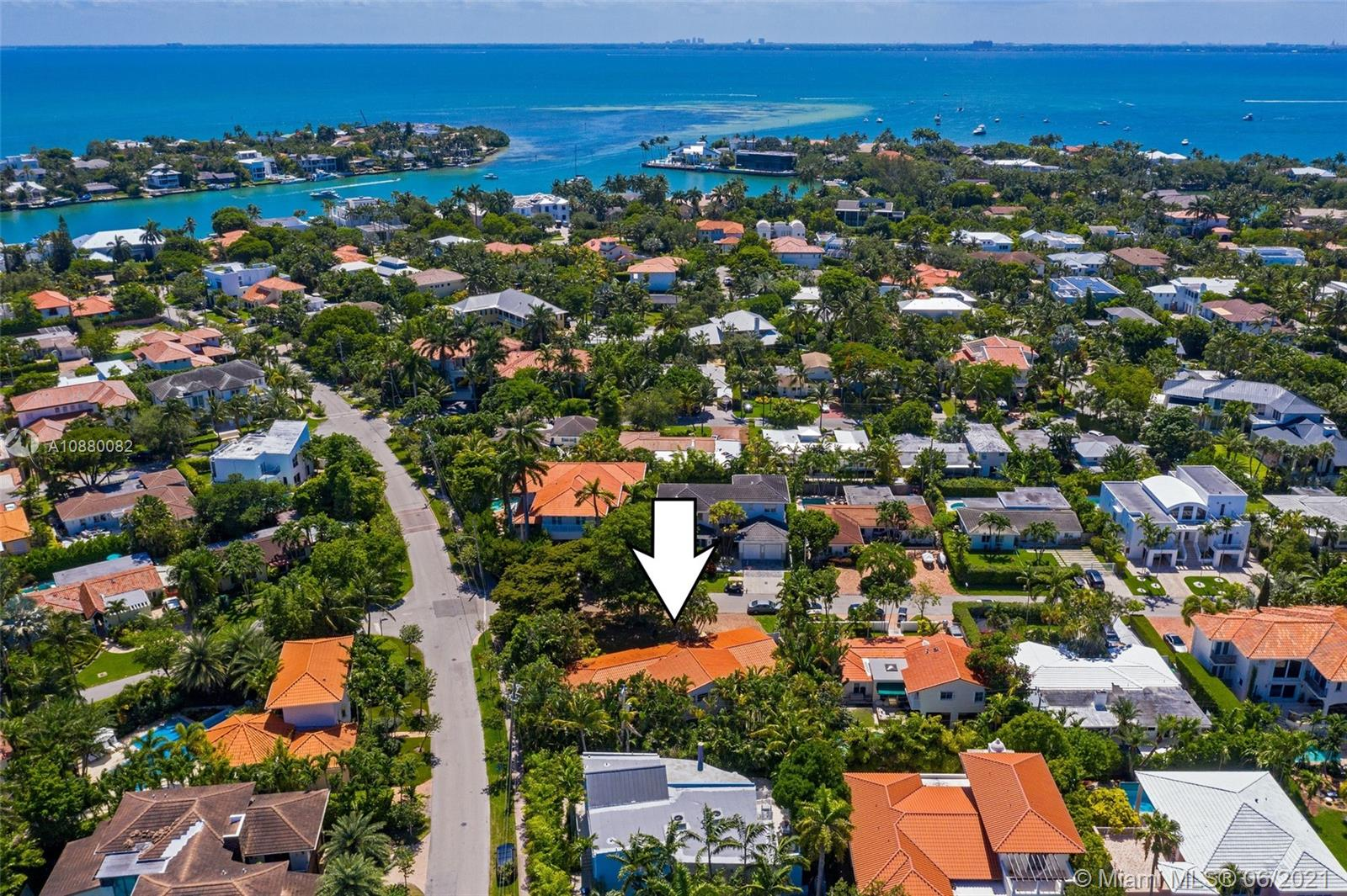 685  Allendale Rd  For Sale A10880082, FL