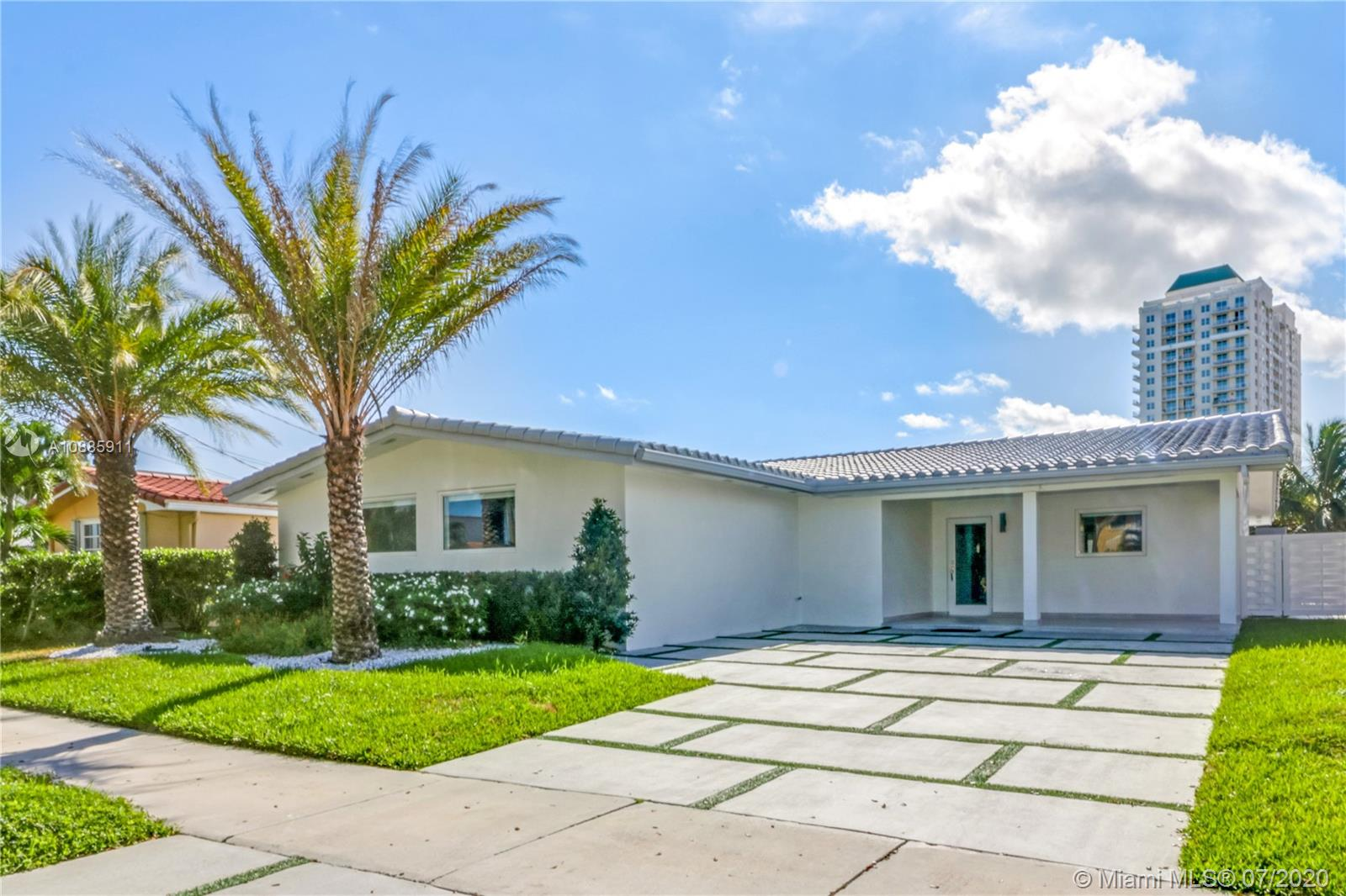 1240 NE 82nd St  For Sale A10885911, FL