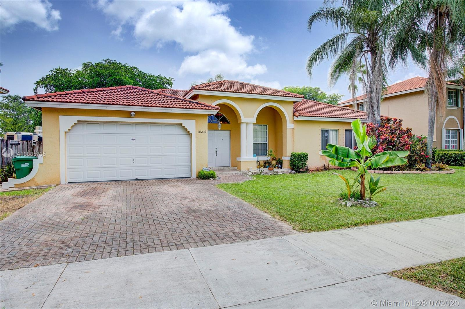 10233 SW 157th Ct  For Sale A10885705, FL