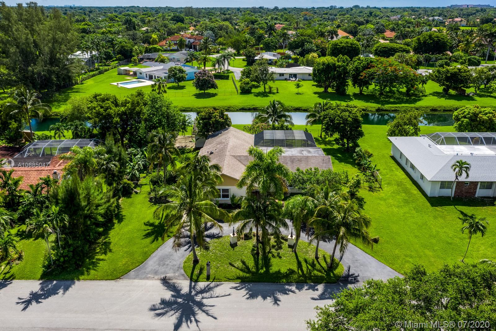 17201 SW 84th Ave  For Sale A10885047, FL
