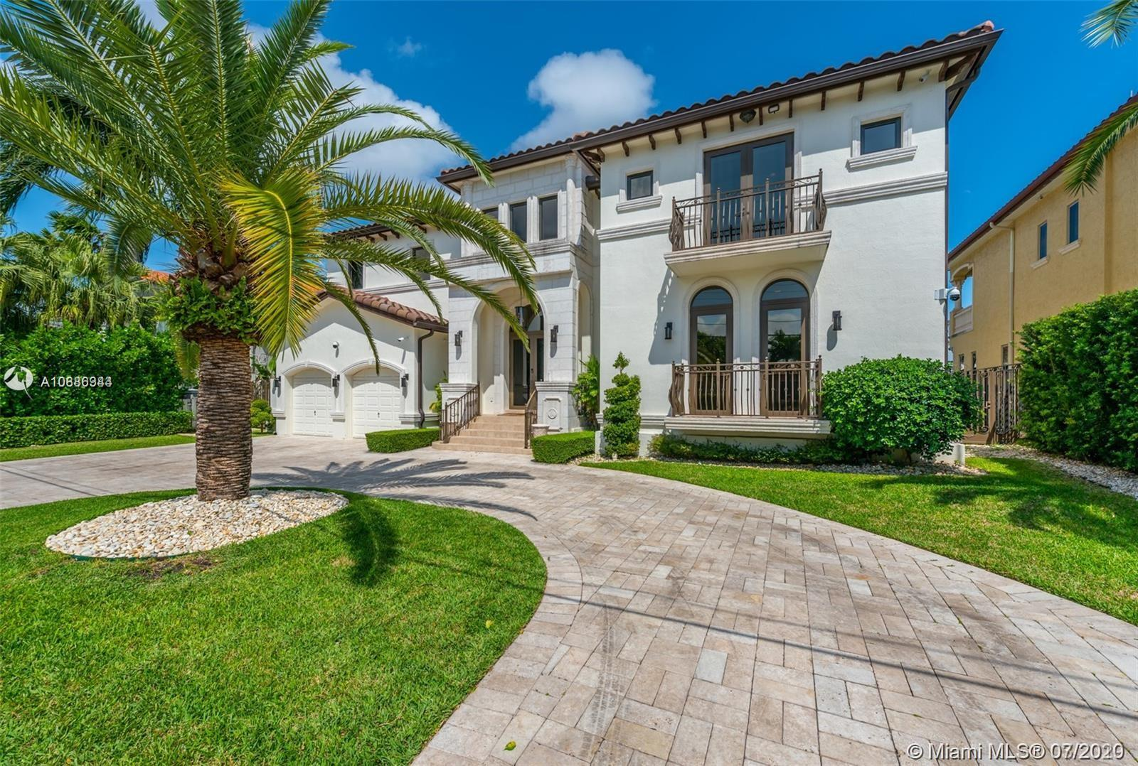 16433 NE 31st Ave  For Sale A10886344, FL