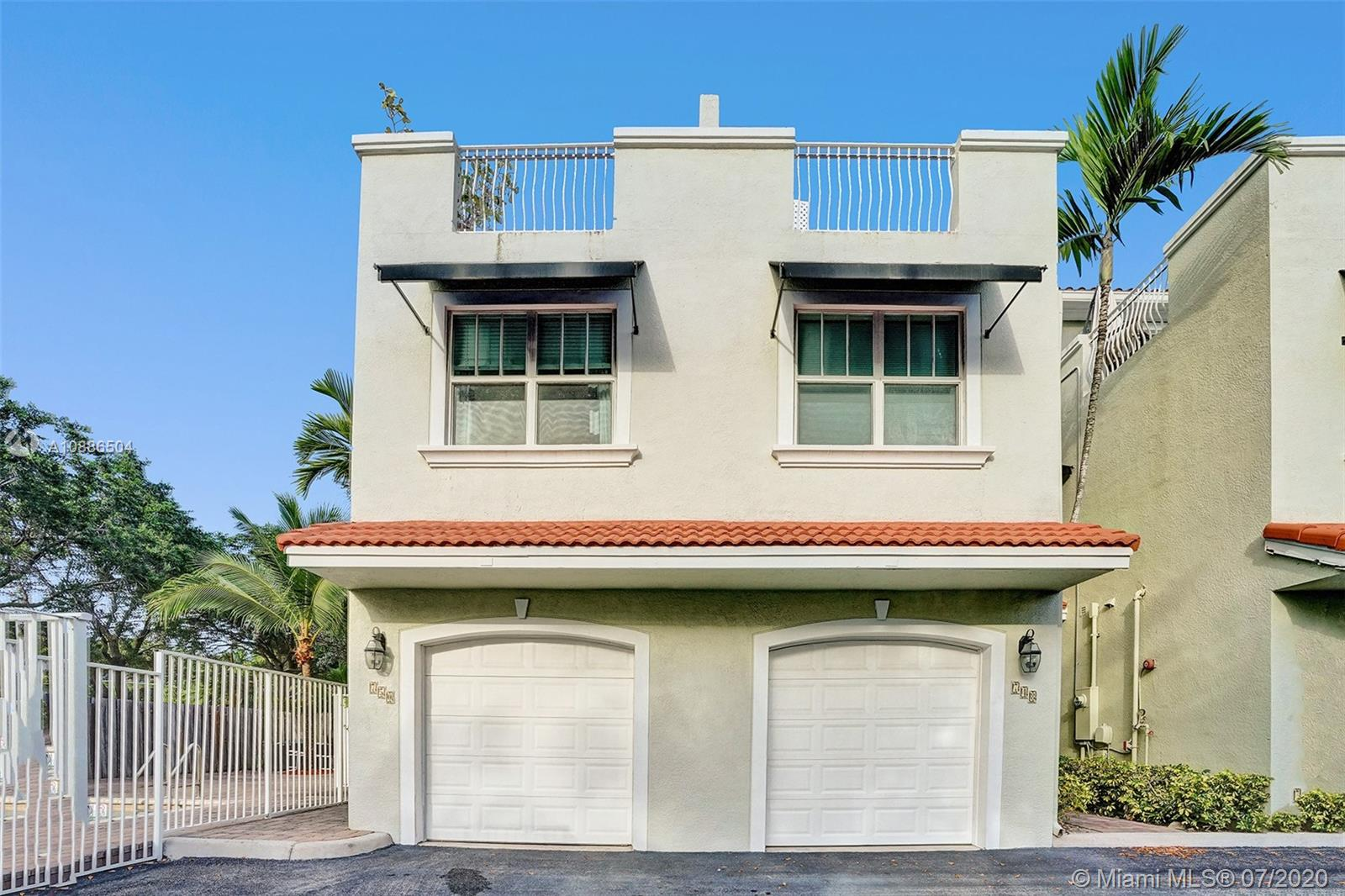 Live in beautiful Victoria Park ranked highest in walk-ability, you will be minutes away from the beaches, the Galleria and with Holiday park in your backyard is the ultimate bonus. This tri-level townhouse is nestled in the corner of a small and quiet complex. Open and airy kitchen features stainless steel appliances and granite counter tops. Ground level half bath. Abundant living spaces will accommodate large furniture and full size dining table. This 3 level townhouse has 3 bedroom and 2 baths in the 2nd floor, 1 bedroom and a large family room in the 3rd floor. Roof top decks offerbreathtaking views of Holiday park and downtown. low maintenance fee. This is truly Florida living at it's best.