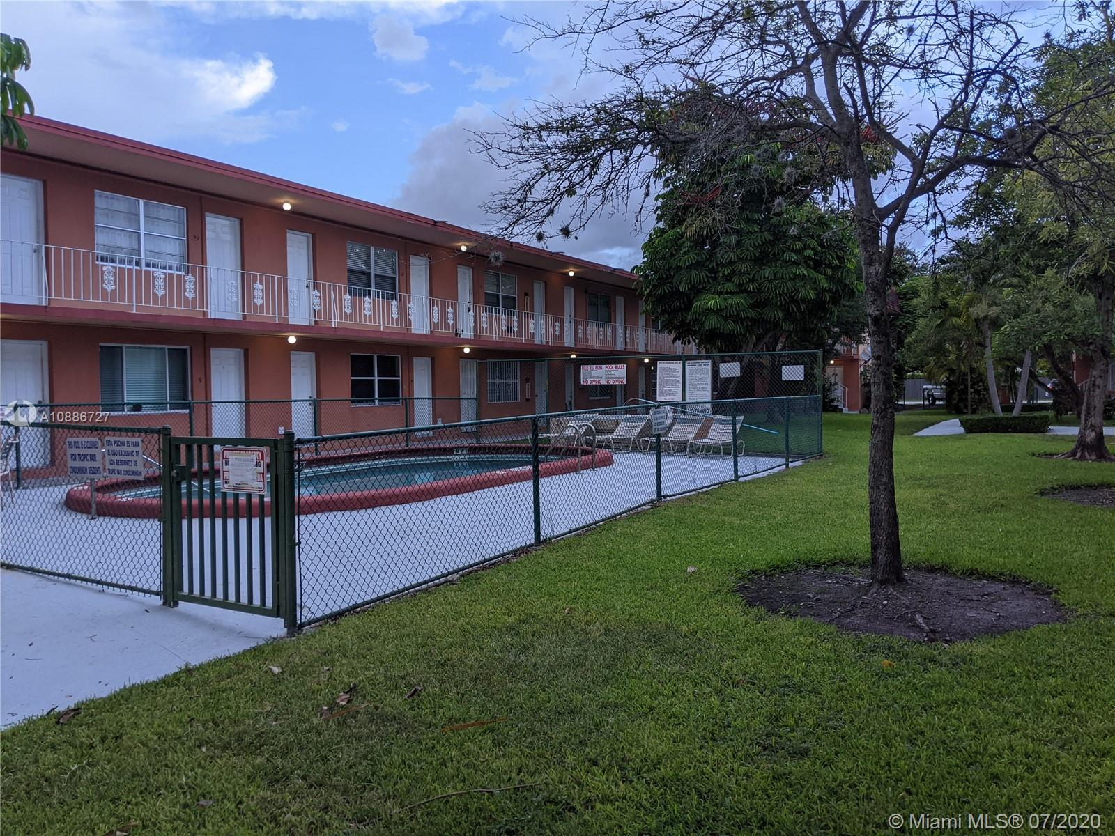4500 SW 67th Ave #5 For Sale A10886727, FL
