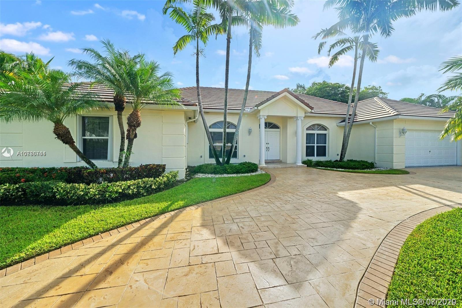 5253 NW 94th Doral Pl  For Sale A10886744, FL