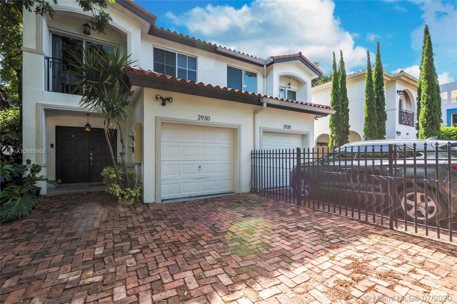 2930  Bridgeport Ave #D For Sale A10885968, FL
