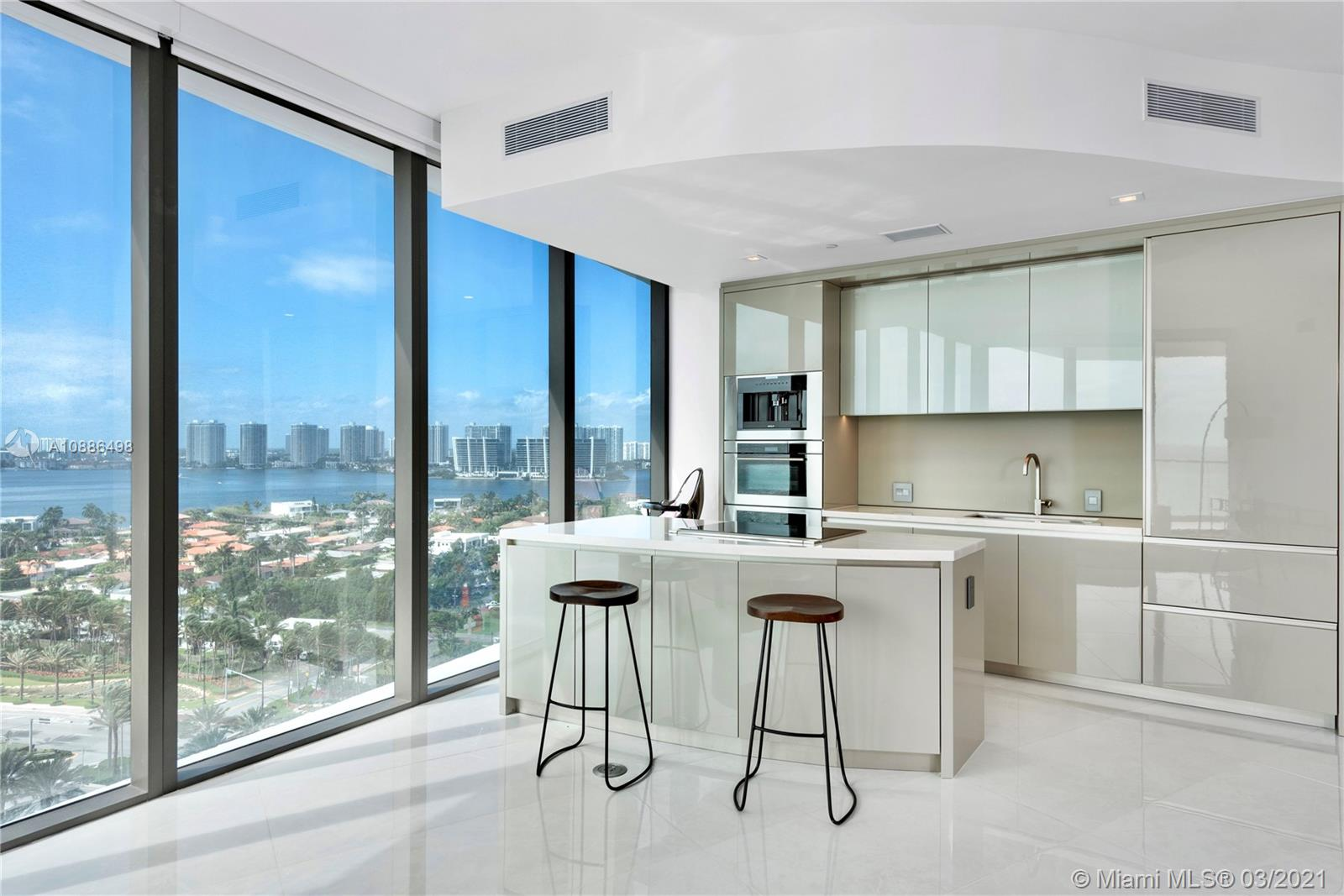 18975  COLLINS AVE #1204 For Sale A10886498, FL