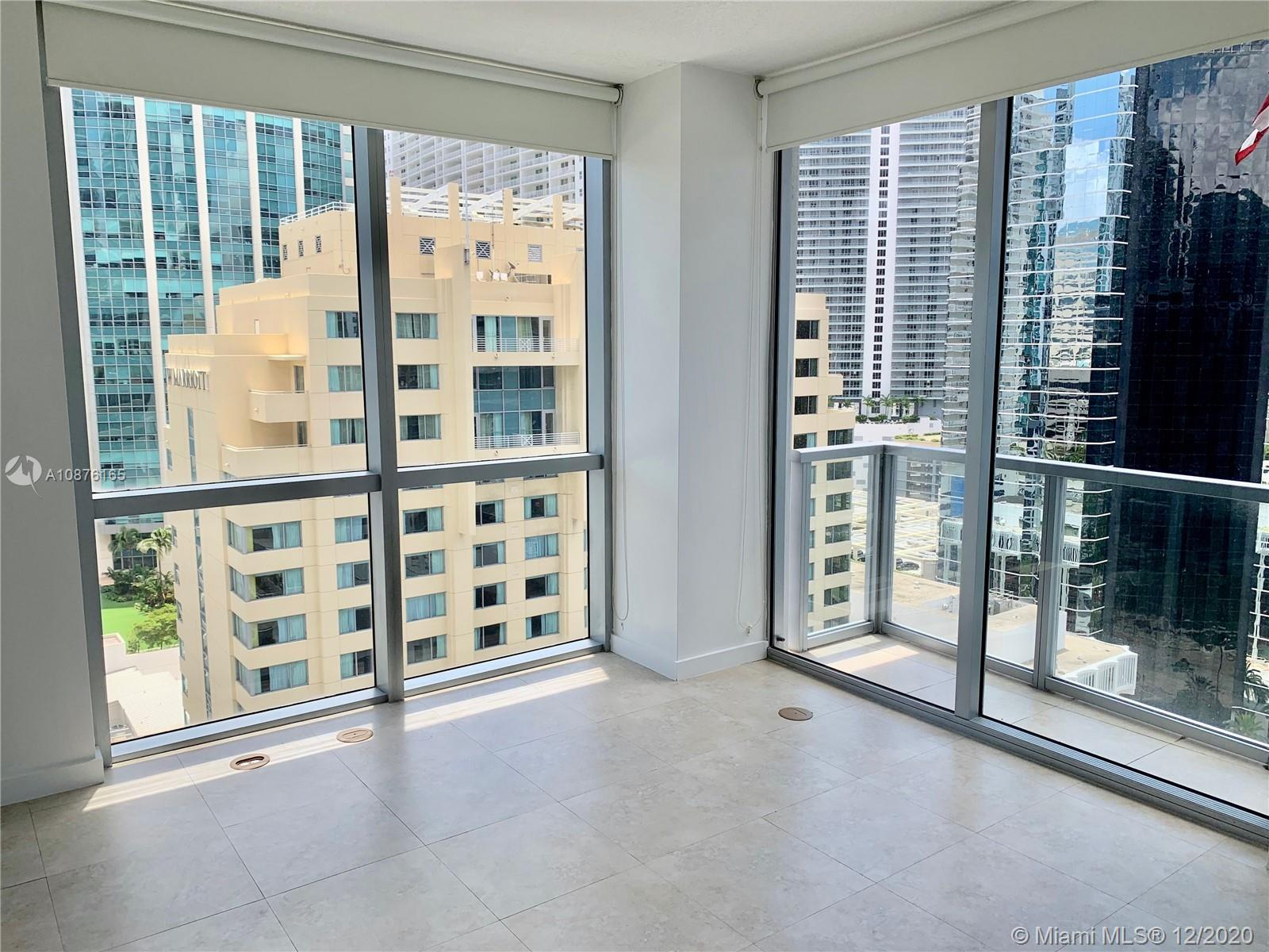 Spectacular corner unit in best located building on Brickell Avenue. 2 BEDS/ 2 BATHS, facing South East. Very nice view. Unit features floor to ceiling windows on master bedroom; stainless steal appliances; Modern Italian kitchen; Granite countertops; walk king distance to Mary Brickell Village, restaurants, bars, 10 minutes away from the airport and much more!.