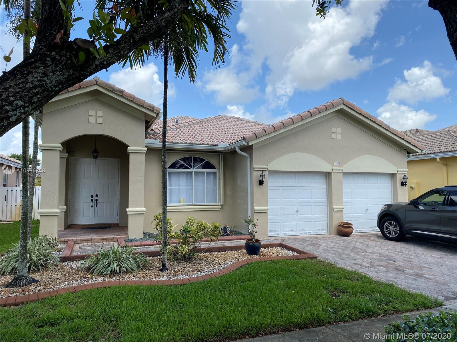 2266 SW 125th Ave  For Sale A10886868, FL